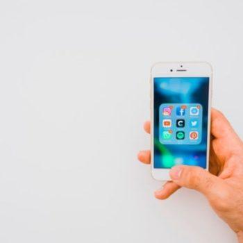 برخورد اپل با اپلیکشن های کنترل کننده رفتار کاربران